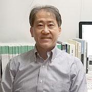 大阪・タニ矯正歯科 院長谷世志昭先生
